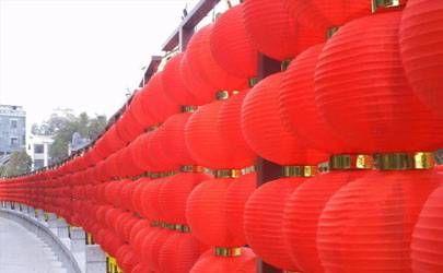 春节挂灯笼的习俗 挂灯笼有哪些寓意